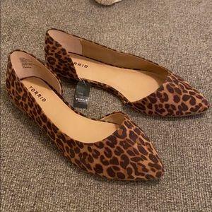 NWT Torrid Cheetah Flats
